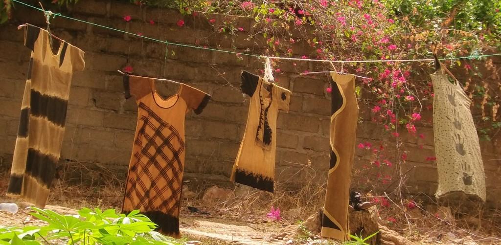 Kleider in Trocknung